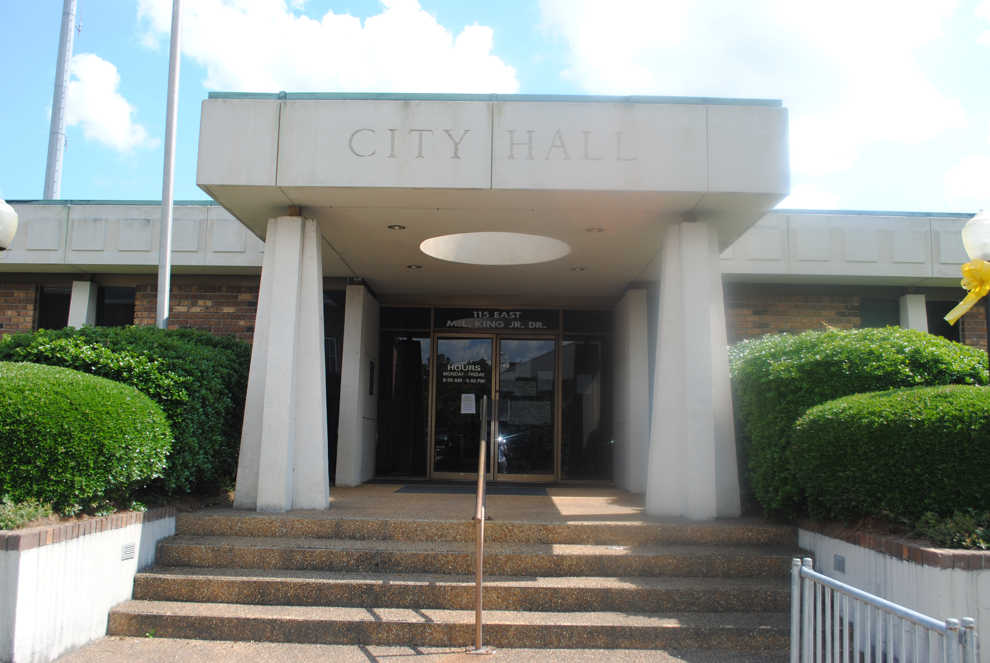 Hinesville City Hall